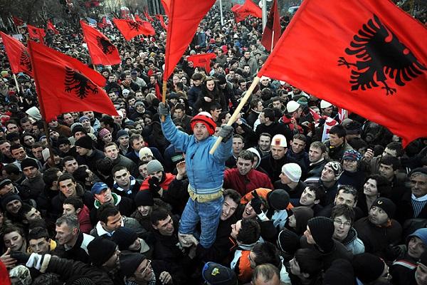 كوسوفو يشهد اسوأ ازمة سياسية منذ الاستقلال