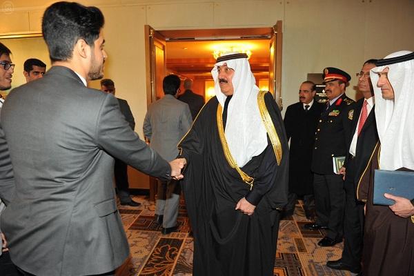 الأمير متعب يلتقي الطلبة والطالبات المبتعثين في الولايات المتحدة
