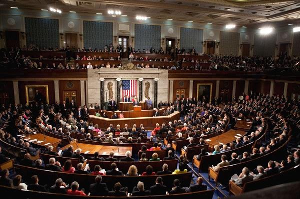 """الجمهوريون في مجلس الشيوخ يحذرون اوباما من اتفاق """"ضعيف"""" بشان النووي الايراني"""