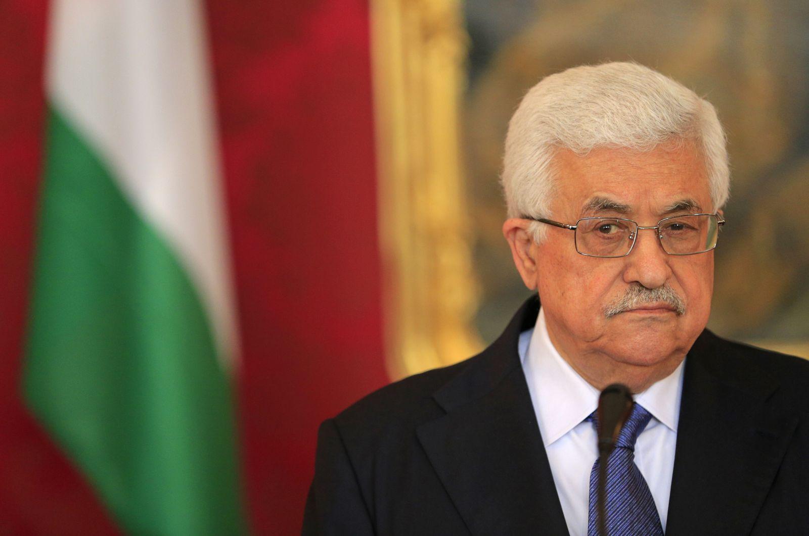 محللون: الرئيس الفلسطيني عباس غير قادر على فعل شيء لوقف الهجمات