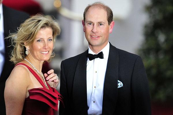 الكونتيسة صوفي هيليز ريز جونز وزوجها الأمير ادوارد