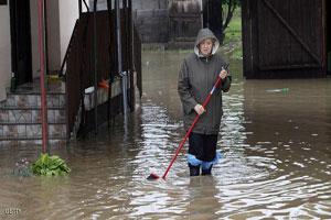 سباق مع الزمن لإنقاذ بلغراد من الفيضان المتوقع لنهر السافا