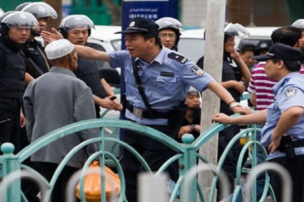الصين تحاول التغلب على الخلافات لمزج الثقافات