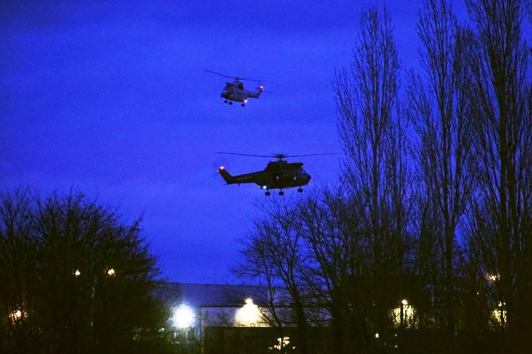 طائرات فرنسية تحلق فوق المكان الذي لجأ اليه الاخوان كواشي قبل مقتلهما