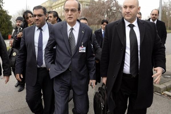 الائتلاف الوطني السوري يناقش مسألة حضور اجتماع القاهرة