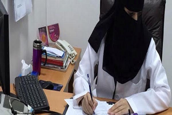 ممرضة عاطلة عن العمل تنقذ مصابًا فتحصل على وظيفة!