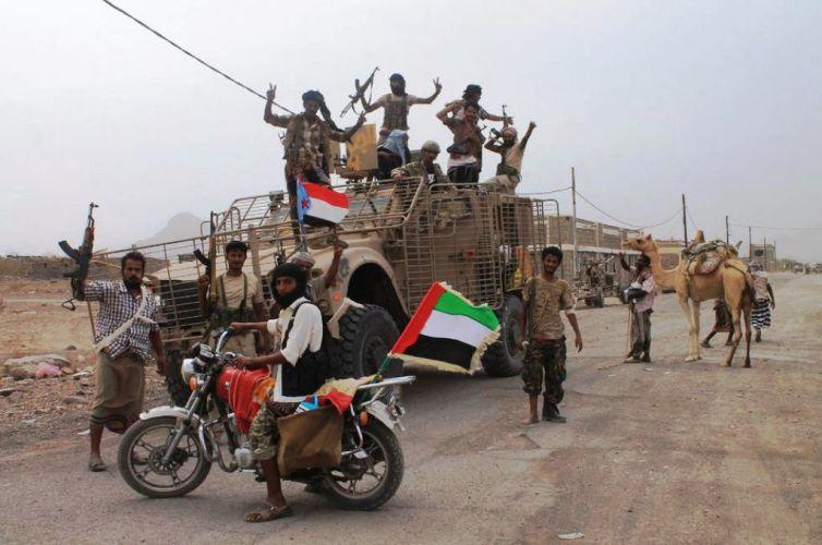 الإمارات تدفع بمزيد من قواتها إلى اليمن