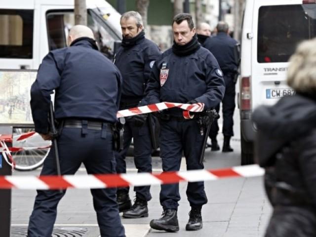 اصابة استاذ بمدرسة يهودية بطعنات نفذها مناصرون لداعش