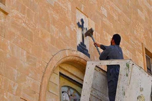 تحطيم الصلبان في كنائس نينوى