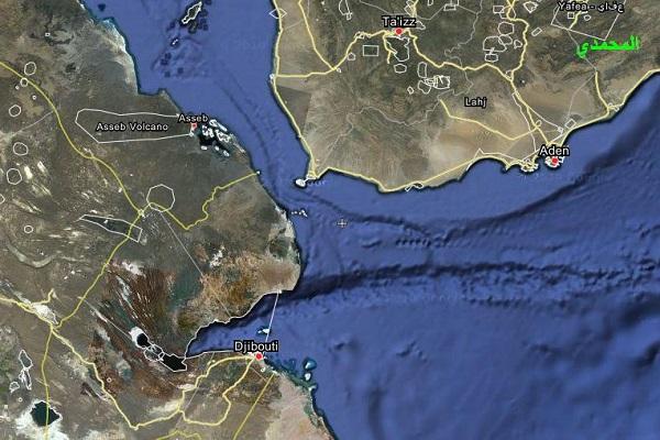 """الحوثيون على وشك """"احتلال"""" مضيق باب المندب الاستراتيجي"""