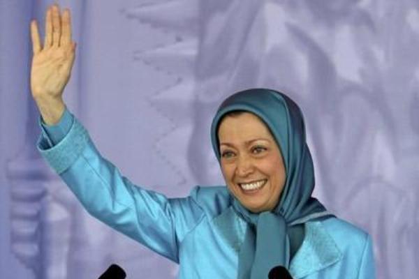 مريم رجوي خلال مهرجان إيراني معارض