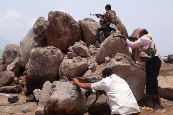 اشتباكات عنيفة بحي المعلا في عدن