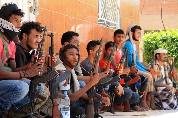 التحالف يقصف مواقع الحوثيين في الضالع وأبين