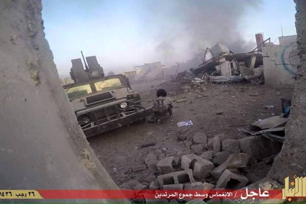 صورة وزعها داعش لهجومه في الرمادي
