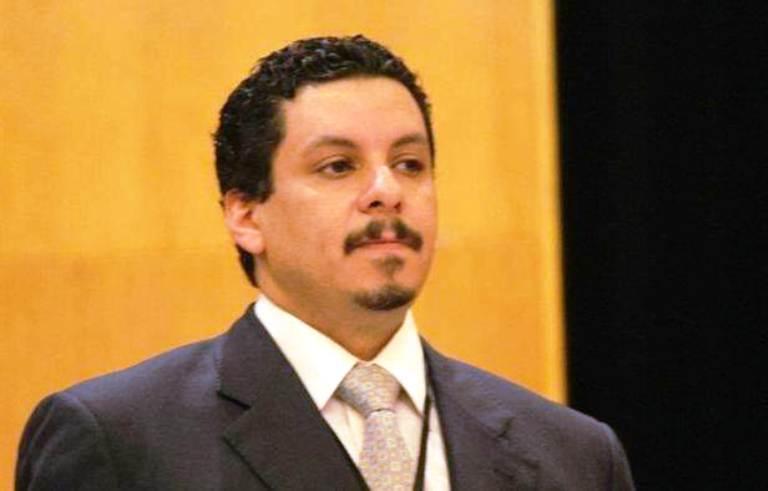 مستشار الوفد الرسمي اليمني في جنيف أحمد عوض بن مبارك