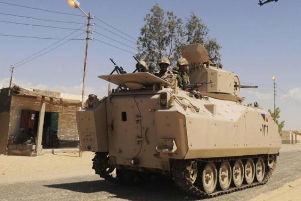 الجيش المصري يمسك بزمام المبادرة في شمال سيناء