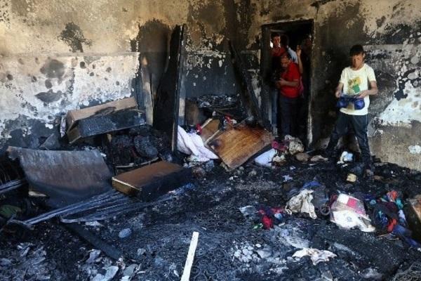 المنزل الذي احرق في دوما