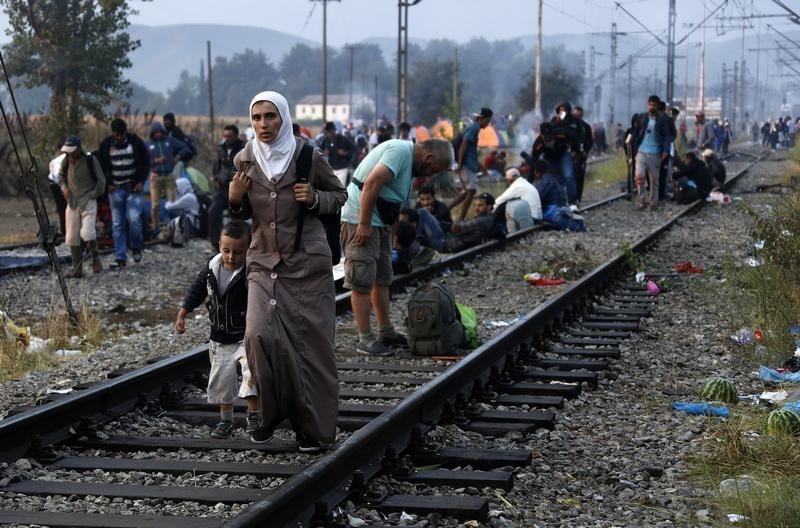 المفوضية الأوروبية تنتقد 19 بلدًا بخصوص اللجوء