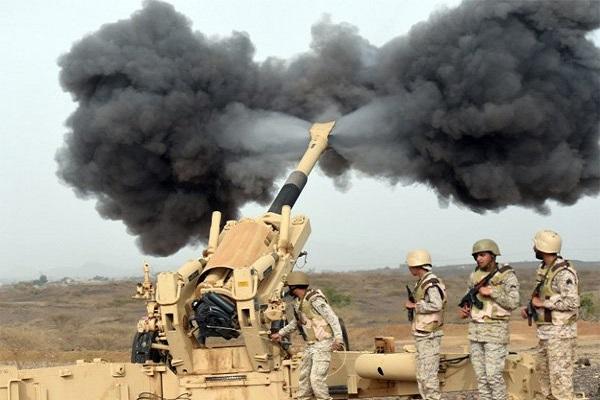 المدفعية السعودية تواصل استهداف المتسلليين الحوثيين على الحدود