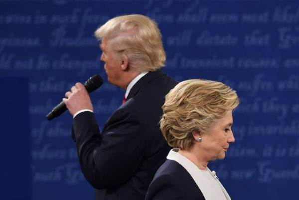 مناظرة أخيرة حاسمة بين كلينتون وترامب