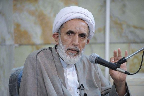 مقرب لخامنئى يكشف: إيران تخطط لاحتلال مكة