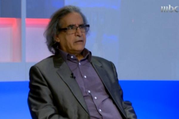 ناشر إيلاف عثمان العمير خلال مقابلة بالمختصر