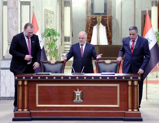 وزراء الحكيم في حكومة العبادي يعلنون استقالاتهم