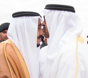 الملك سلمان استقبل الشيخ محمد بن زايد