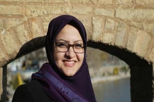 النائبة الإيرانية مينو خالقي