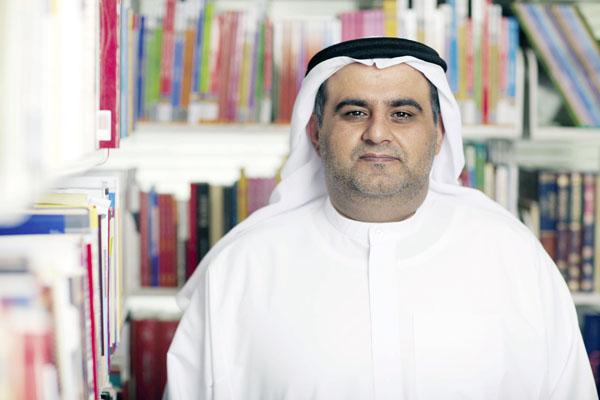 الإعلامي الدكتور علي بن تميم