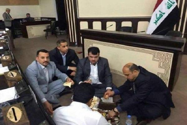 نواب يقضون ليلتهم اعتصاما بمبنى مجلس النواب