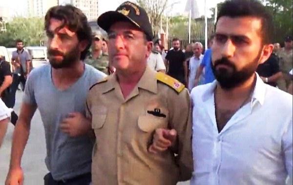 تناقض في تركيا عن هوية قائد الانقلاب