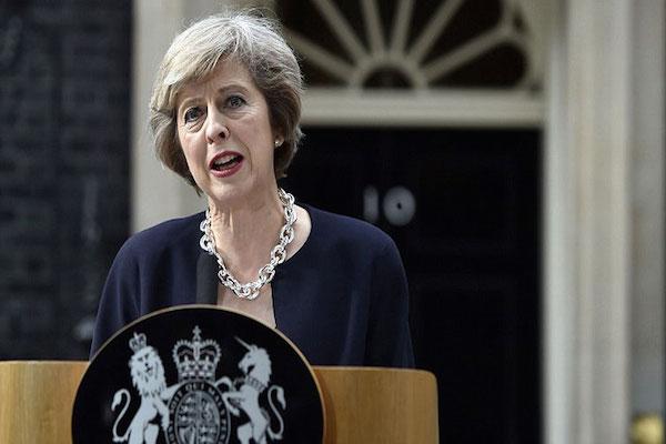 رئيسة الحكومة البريطانية الجديدة تريزا ماي