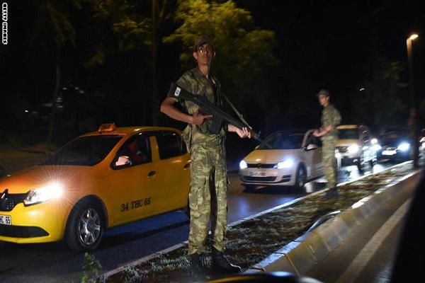 الإنقلاب في تركيا يُفرح الموالين ويُحزن المعارضين في سوريا