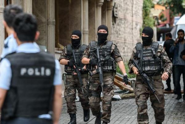 مع إعلان الطوارئ تشديد إجراءات الأمن في تركيا