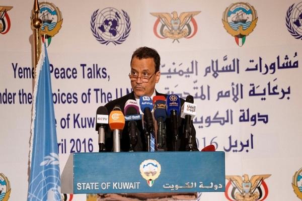المبعوث الاممي اسماعيل ولد الشيخ احمد خلال مؤتمر مشاورات السلام اليمنية في الكويت
