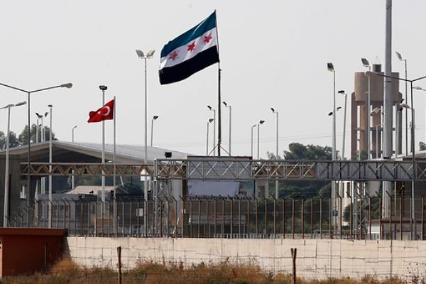 تركيا تستعد لغلق الحدود مع سوريا