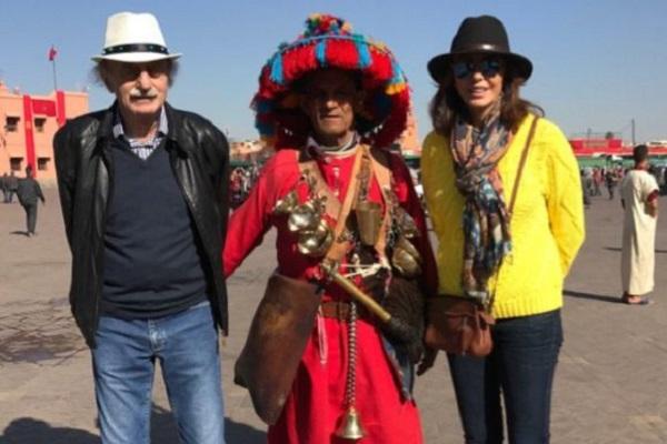 جنبلاط وزوجته والساحر المغربي بينهما