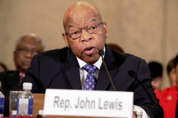 جون لويس عضو الكونغرس عن ولاية جورجيا