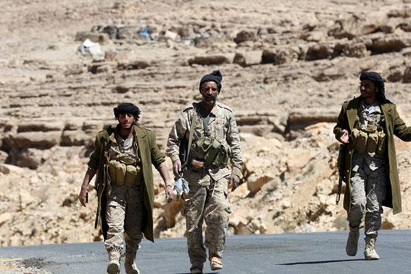 تشهد المناطق الساحلية الغربية لليمن منذ مطلع الاسبوع الجاري مواجهات عنيفة بين قوات الحكومة الشرعية وقوات الحوثي وصالح