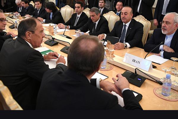 لقاء بين النظام والمعارضة السورية في مؤتمر أستانة