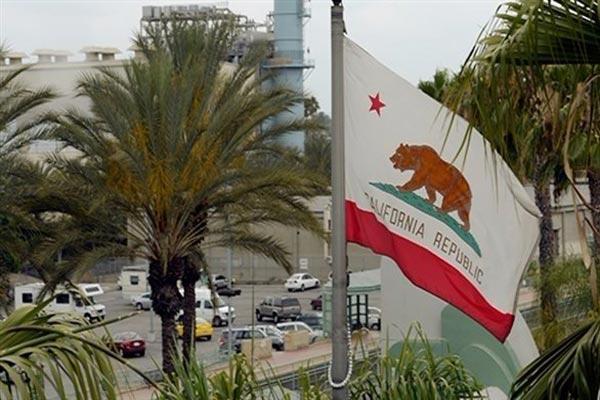 حملة تطالب بفصل كاليفورنيا عن الولايات المتحدة