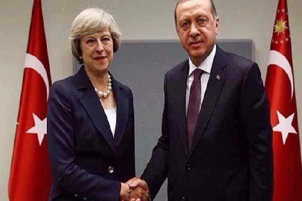تيريزا ماي خلال لقاء سابق مع أردوغان