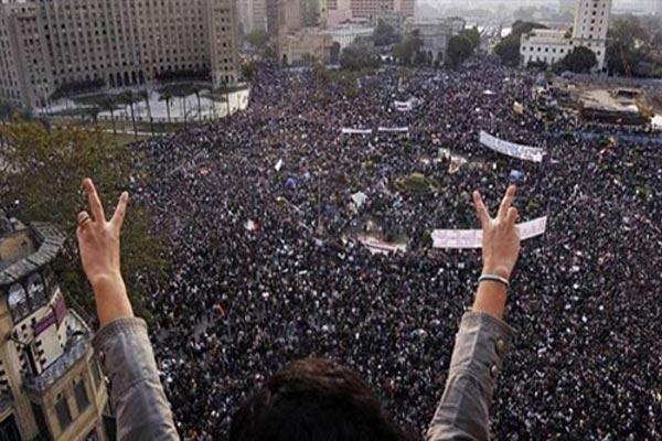ميدان التحرير في القاهرة يغصّ بالمتظاهرين منذ 5 أعوام