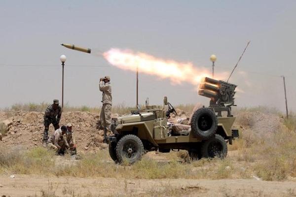 قوات عراقية توجه صواريخها باتجاه مواقع داعش وتجمع عناصره
