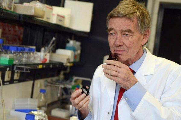 البروفيسور هانز هات يبحث منذ عشرين سنة في طب العطور