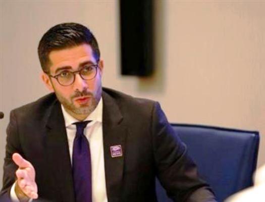 الإعلامي السعودي فيصل عباس رئيس تحرير صحيفة