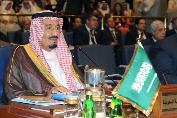 الملك سلمان يدعو القادة العرب للقاء ترامب في السعودية