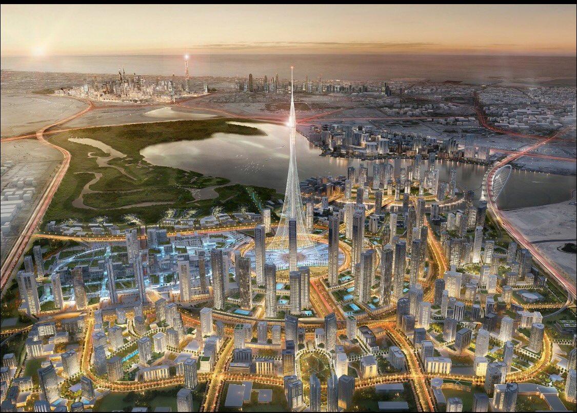 محمد بن راشد يتفقد برج خور دبي الأطول عالميا