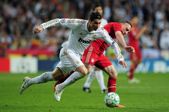ريبيري ورونالدو في مباراة بايرن وريال مدريد في دوري الأبطال قبل سنتين